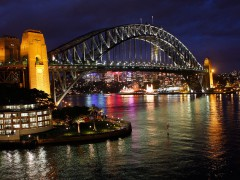 Sydney Harbour Bridge, by Robbee2010, on Flickr CC BY NC SA 2.0