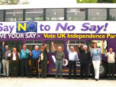 West Midlands UKIP members get the 2009 Euro election campaign under way with the West Midlands UKIP bus. By Euro Realist Newsletter. (CC BY-NC-SA 2.0)